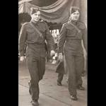 Photo de HENRY WICKSTROM – L - R Don Craig et Henry.