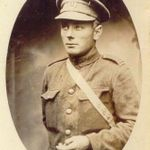 Photo of Royce Dyer– Royce Coleman Dyer in mid-1916. He will be awarded the Military Medal and the Bar for his courage on the Somme. After receiving the DCM for his determination during the fight for the city of Onega, he will raise in late 1918 the famous 'Dyer's Battalion' in Russia, made of ex-Red army prisoners. Only pneumonia was able to bring him down, December 30, 1918.